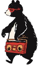 Дизайнерская футболка медведь с магнитофоном